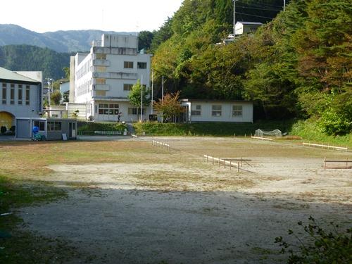 唐丹小・中学校仮設校舎